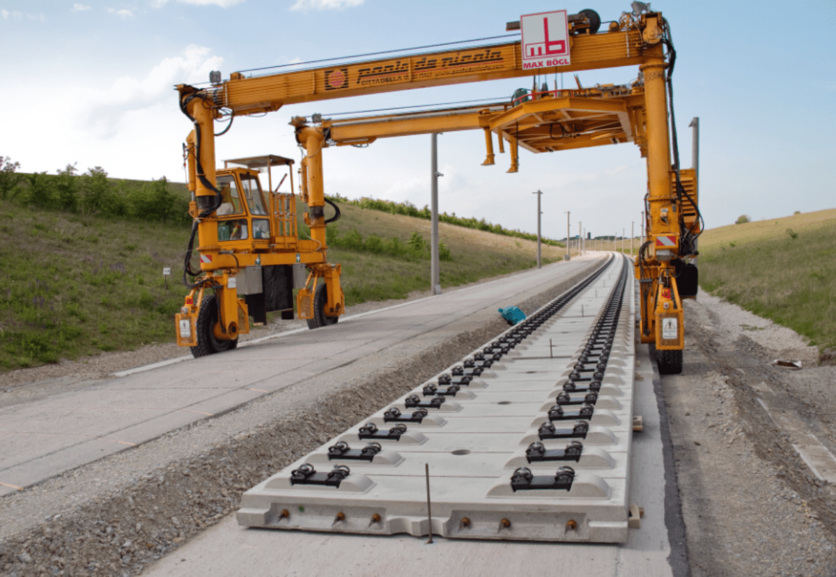 HS2 Slab Track Tender